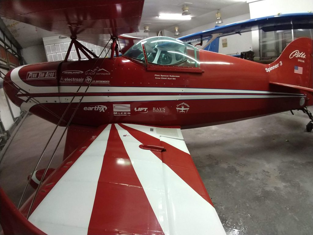 Spencer Suderman's Pitts Special S-1c with Micro VGs